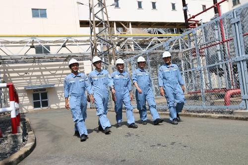 Xưởng may đồng phục bảo hộ cho công nhân